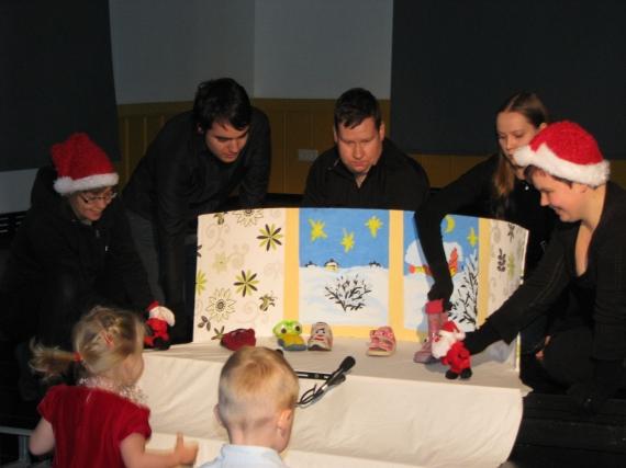 Lapsed said vaadata nukustuudio Äpunäpp etendust Sussist ja tema sõpradest, kes jõulukuul aknalaual kokku said